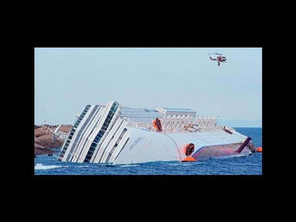 Costa Concordia: Mujer que abort&oacute; pide 1 mill&oacute;n de euros