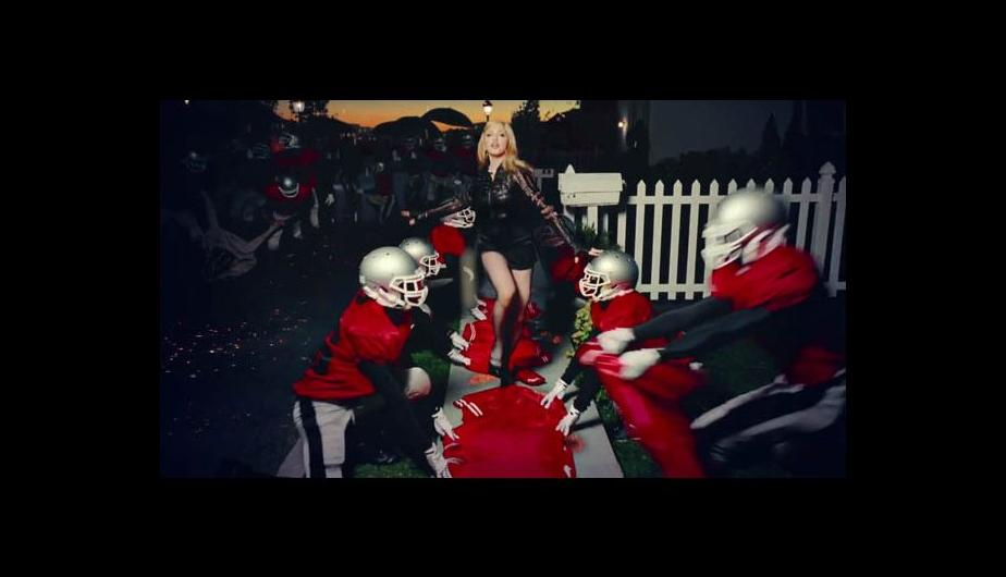 "Fotos: Madonna vuelve con ""Gimme all your luvin"""