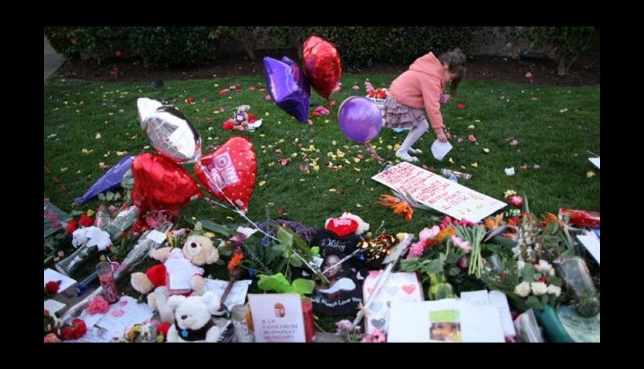 Fotos: El mundo sigue llorando a Whitney Houston