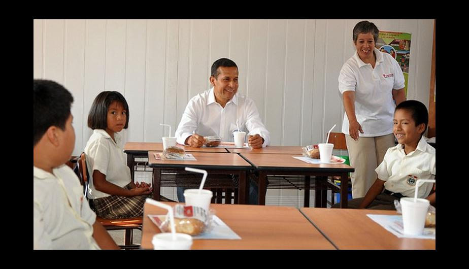Fotos: Ollanta Humala desayun&oacute; con ni&ntilde;os tras inicio de a&ntilde;o escolar