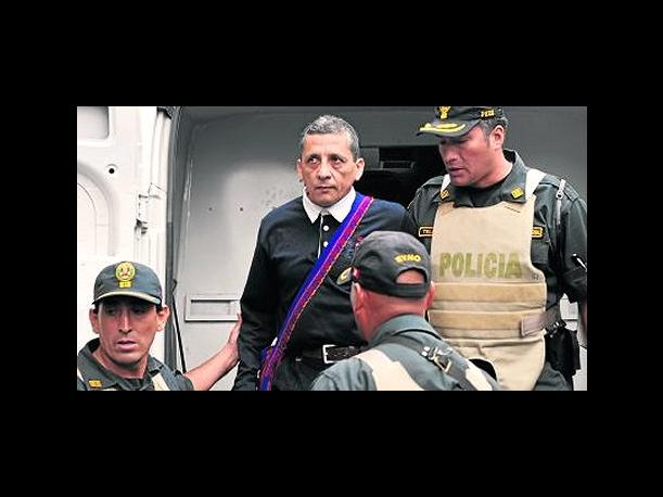 Defensor&iacute;a: INPE debe explicar traslado de Antauro Humala