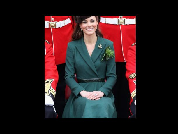 Fotos: Kate Middleton deslumbra con un look en verde