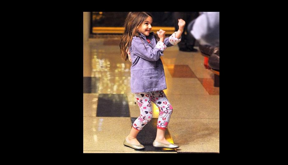 Fotos: Suri Cruise impone un nuevo estilo en pijama