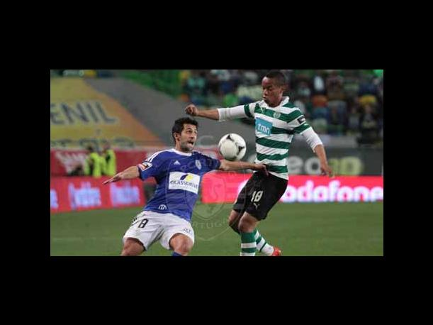 Con Carrillo: Sporting de Lisboa gan&oacute; 1-0 al Feirense