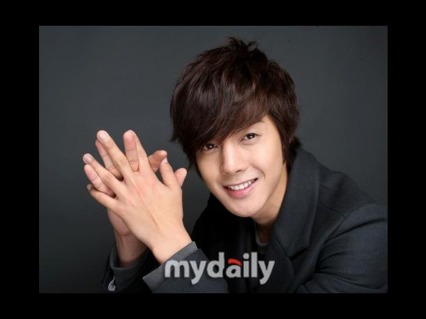 En Corea: &iquest;Kim Hyun Joong es un &quot;idol curador&quot;?