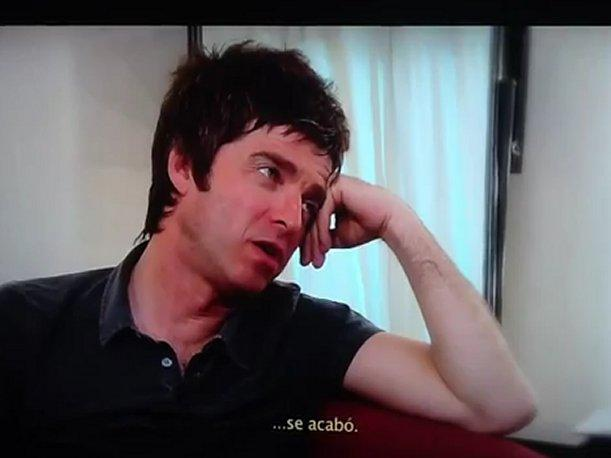 Noel Gallagher pierde papeles con periodista