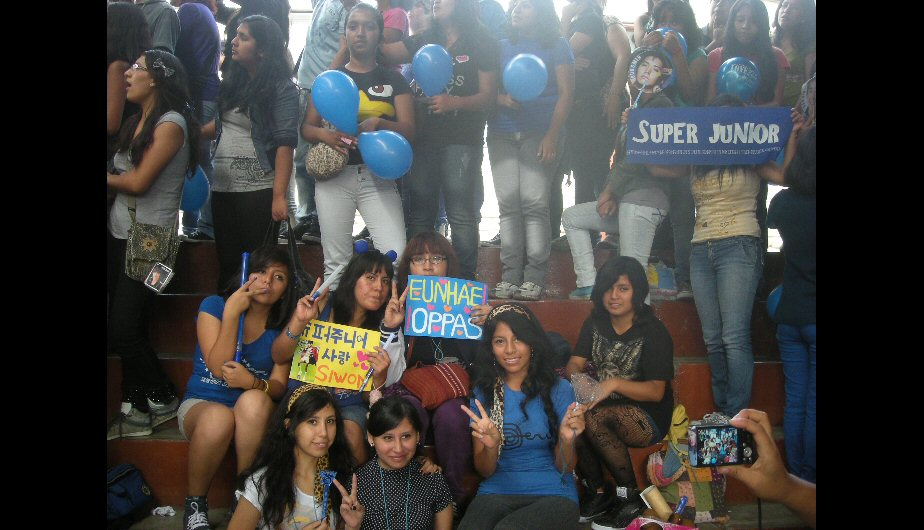 Foto: Azul, el color representativo de las fans de Super Junior.