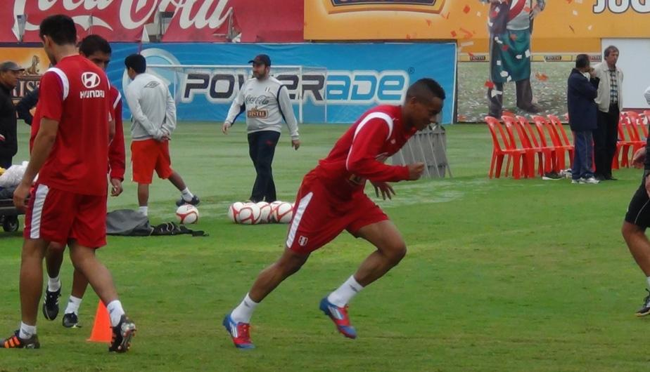 FOTOS: La selecci&oacute;n peruana no tiene descanso