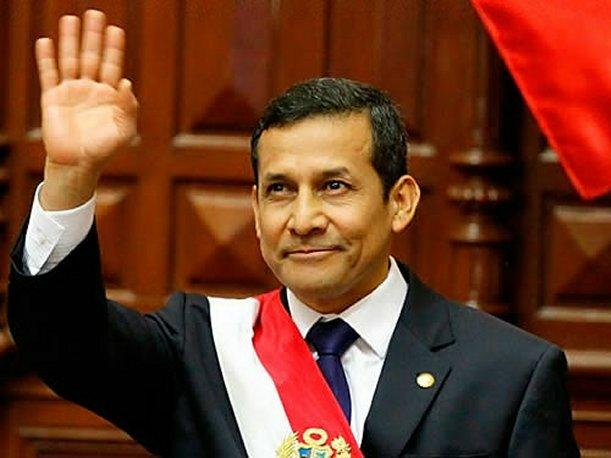 Ollanta Humala se reunir&aacute; este domingo con equipo jur&iacute;dico peruano en La Haya