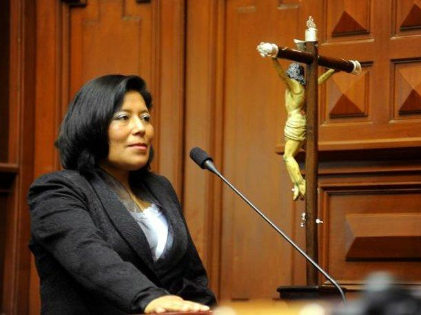 Huarmey: Delincuentes asaltan a legisladora Gladys Condori en bus