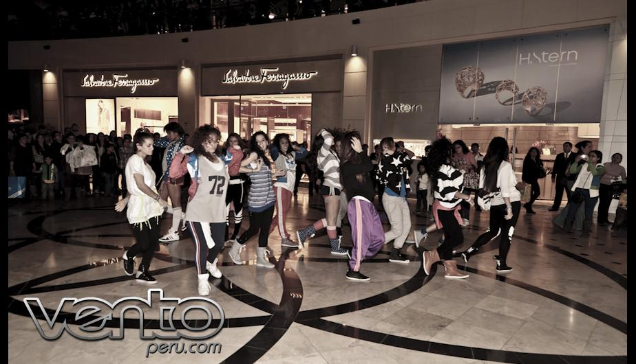 Flashmob adidas Originals con Mafia Stiletto (FOTOS)