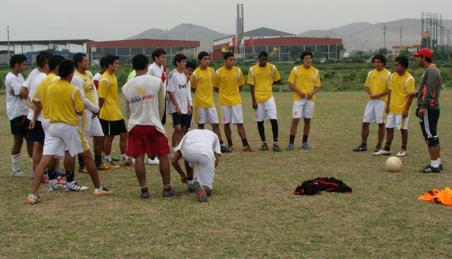 Universitario de Deportes: Observa como entrenan sus divisiones menores (FOTOS)