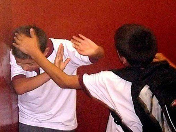 Arequipa: Adolescente víctima de bullying a punto de perder la vista (VIDEO)