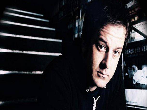 Fallece vocalista de No Use For a Name, Tony Sly