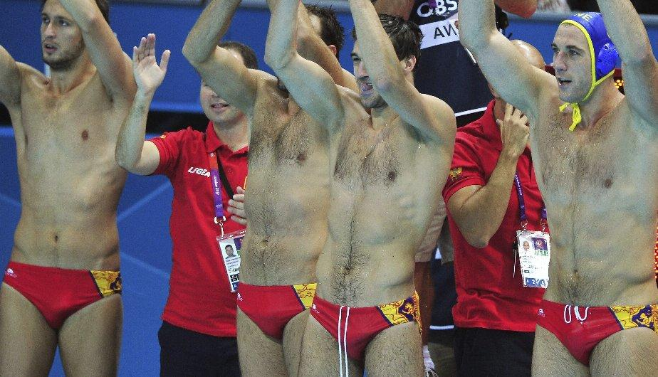 Londres 2012: Impresionantes hombres impactan en waterpolo masculino (FOTOS)