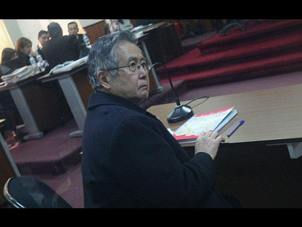 Kenji Fujimori: Mi padre Alberto Fujimori est&aacute; estable y ser&aacute; operado el jueves