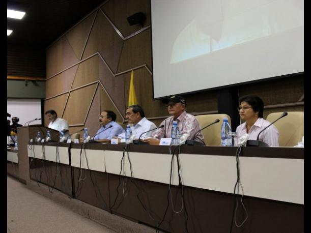 Las FARC confirman desde Cuba el inicio del di&aacute;logo de paz (VIDEO)