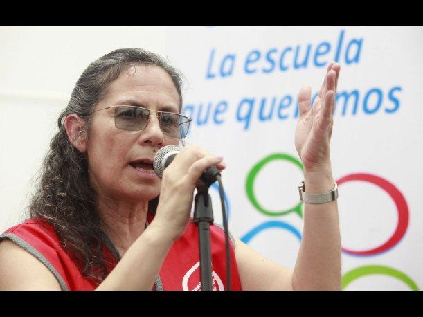 Ministra Patricia Salas pide al Sutep levantar la huelga y retornar al di&aacute;logo
