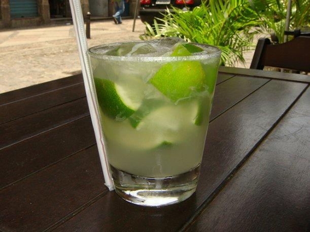 Caipirinha: Un refrescante coctel para el verano