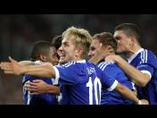 Champions League: Schalke 04 estuvo 'enfocado' en Grecia (FOTOS)