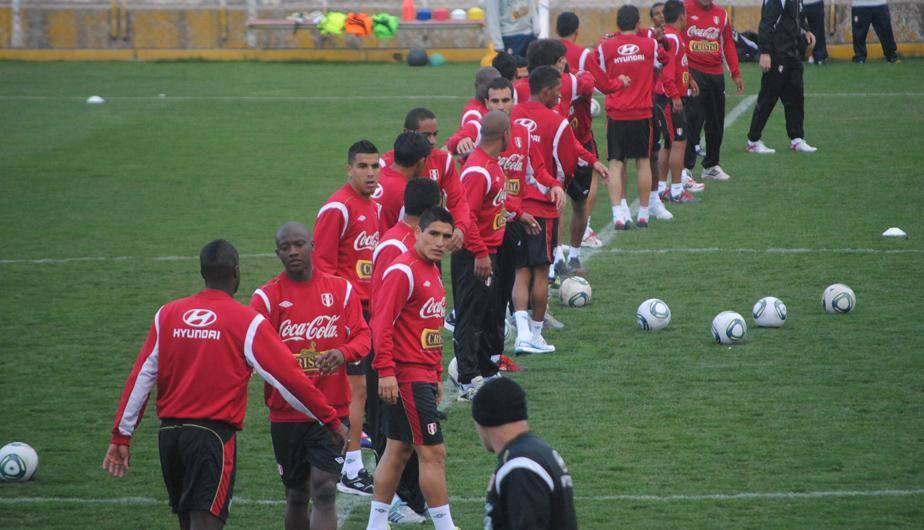La Selecci&oacute;n Peruana ya entren&oacute; en el Cusco (FOTOS) 