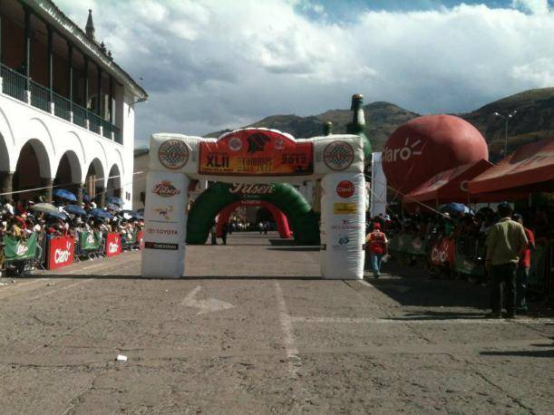 Caminos del Inca 2012: Mira la llegada de los autos a la Plaza de Armas de Ayacucho