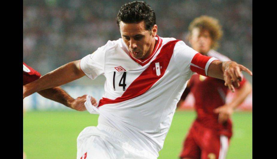 Claudio Pizarro, el capit&aacute;n de la Selecci&oacute;n est&aacute; de cumplea&ntilde;os (FOTOS)