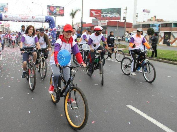 San Miguel: Miles de personas participan en bicicletada