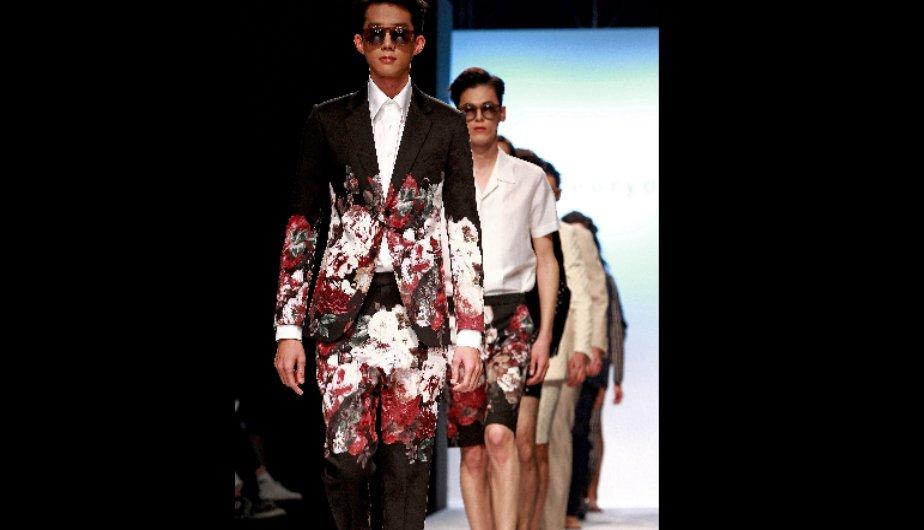 Moda masculina en Seul Fashion Week (FOTOS)