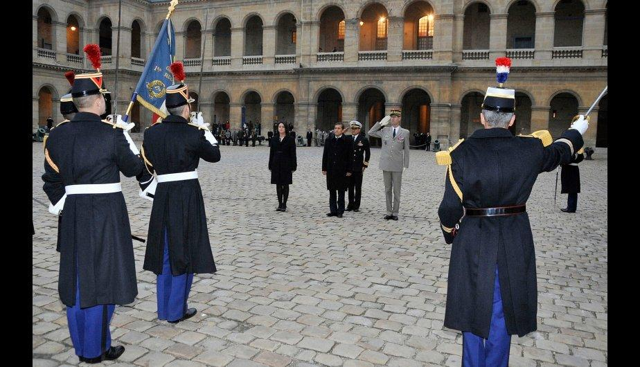 Par&iacute;s: Ollanta Humala recibe honores militares en Palacio de los Inv&aacute;lidos (FOTOS)