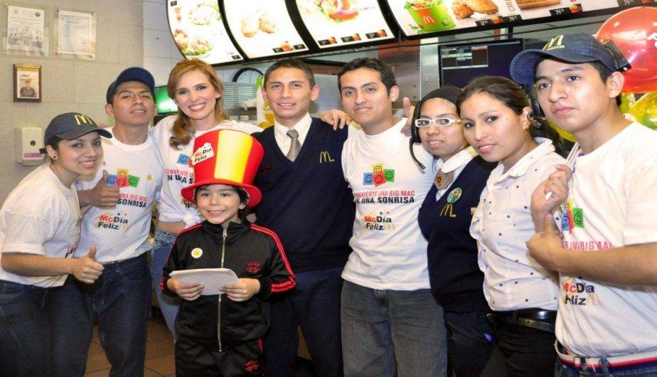 McD&iacute;a Feliz: Artistas reunieron 100 mil soles para la Asociaci&oacute;n Casa Ronald McDonald (FOTOS)