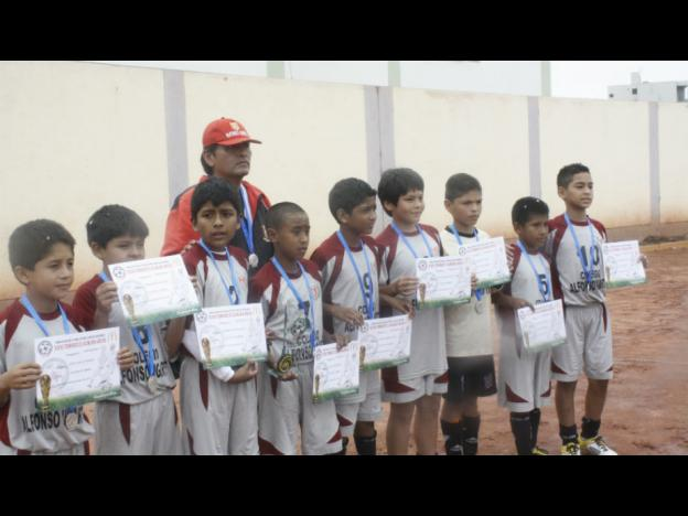 Conoce a los Campeones de AFIM 2012