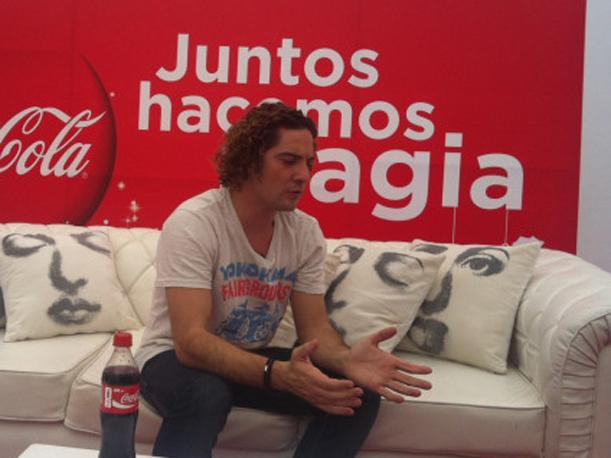 David Bisbal se reunió con sus club de fans en Lima (VIDEO)