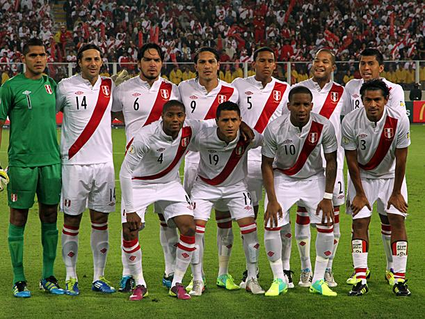 Sergio Markari&aacute;n da lista de extranjeros de Per&uacute; para duelo ante Trinidad y Tobago