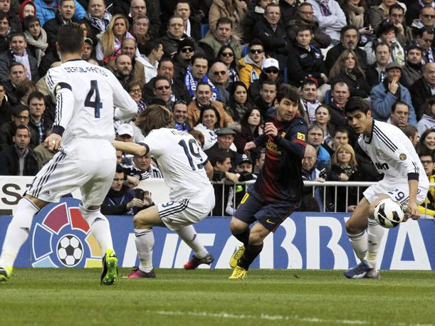 Real Madrid vs. Barcelona: Vea los goles de Benzemá y Messi (VIDEO)