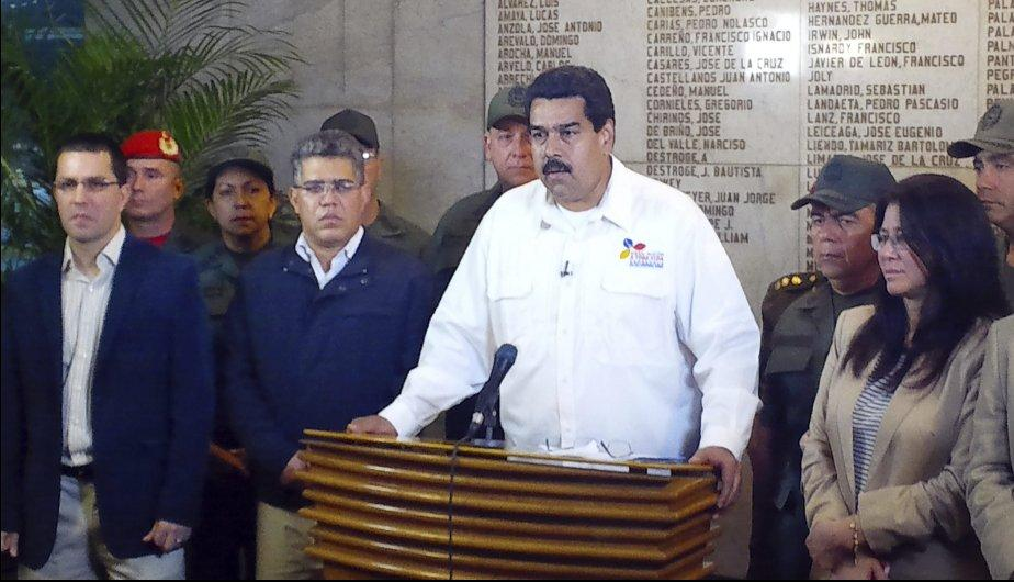 Hugo Ch&aacute;vez: As&iacute; anunci&oacute; Nicol&aacute;s Maduro la muerte del mandatario (FOTOS)