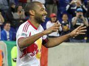 Thierry Henry sigue regalando golazos a sus hinchas (VIDEO)