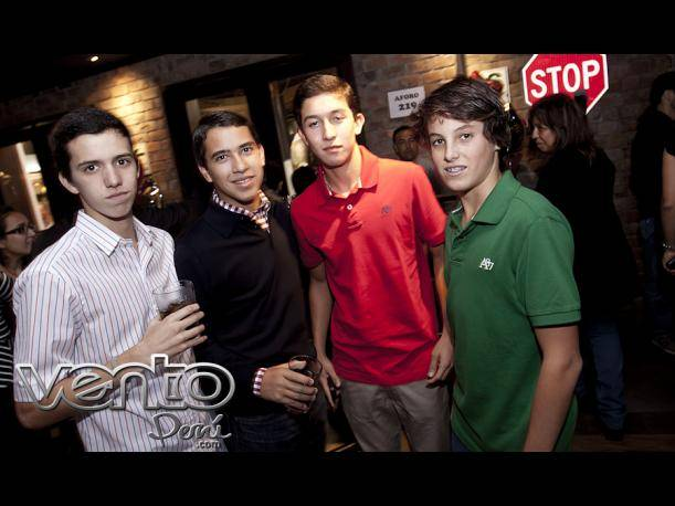 Friday's lanzó su nueva barra de tragos en su local de Larcomar (FOTOS)