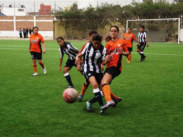 Alianza Lima gan en el ftbol femenino