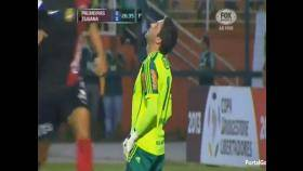 Copa Libertadores: Terrible blooper del portero de Palmeiras (VIDEO)