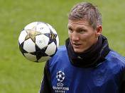 Champions League: Bastian Schweinsteiger casi se pierde la final calentando (VIDEO)