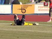Bielorrusia: ¿Golazo o blooper de arquero? (VIDEO)