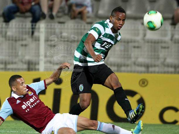 Andre Carrillo anota en la goleada de un imparable Sporting Lisboa