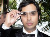 "Emmy 2013: ""Rajesh"" de ""The Big Bang Theory"" lució sus Google Glass en la alfombra roja"