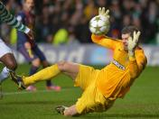 Fraser Forster, el as del Celtic para enfrentar al Barcelona (VIDEO)