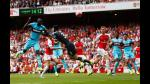 Arsenal cae en su debut frente al West Ham (VIDEO) - Noticias de mauro zarate