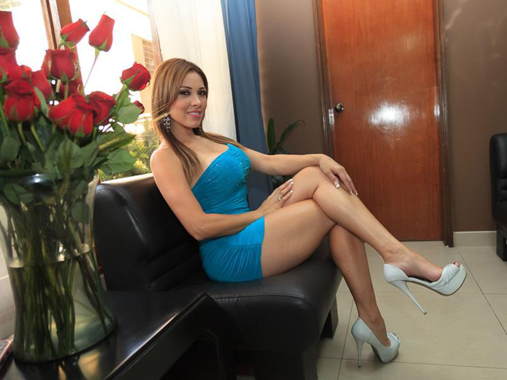 mia hot escorts maduras lima