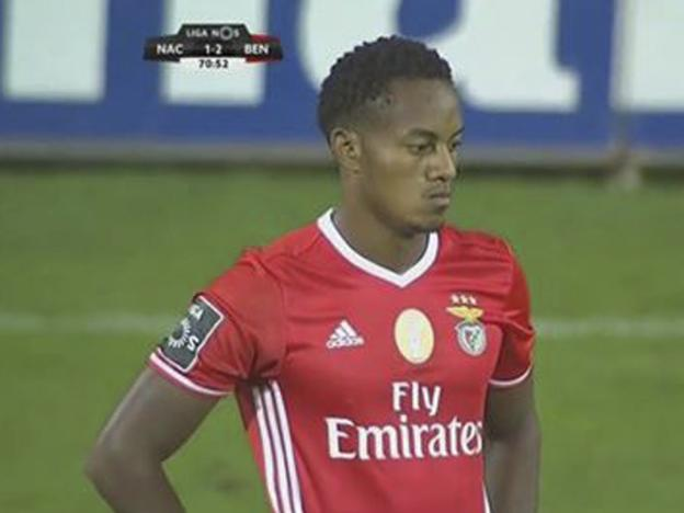 André Carrillo derrochó fútbol en el partido Nacional vs Benfica | VIDEO