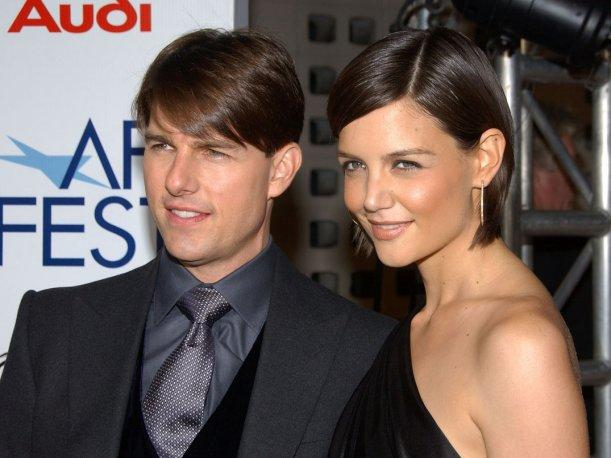 Katie Holmes pide disculpas a Tom Cruise