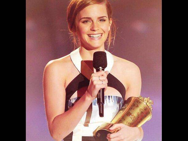 Emma Watson es reconocida con el MTV Movie Award al actor de vanguardia